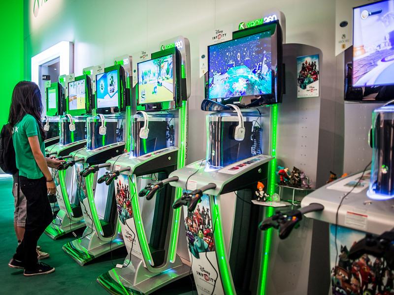 Disney Infinity on Xbox 360 at Gamescom 2013