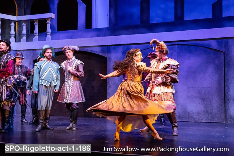 SPO-Rigoletto-act-1-186.jpg