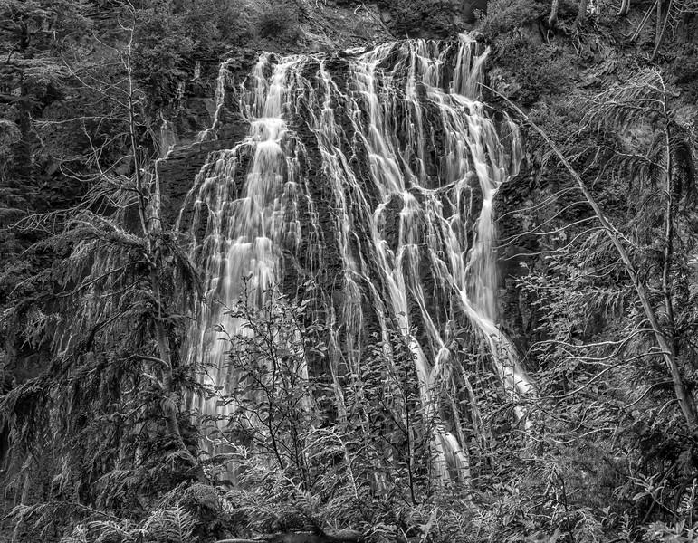 B/W Waterfall