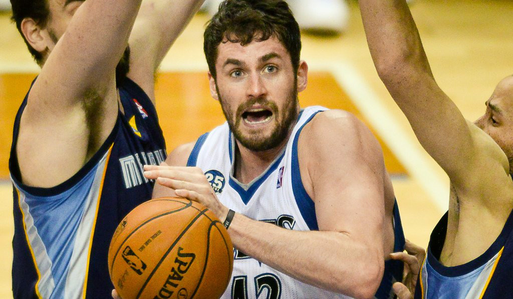 ". 6. KEVIN LOVE <p>What are YOU still doing here?   <p><b><a href=\'http://www.twincities.com/sports/ci_26042776/minnesota-timberwolves-all-quiet-kevin-love-front\' target=""_blank\""> LINK </a></b> <p>    (Pioneer Press: Ben Garvin)"