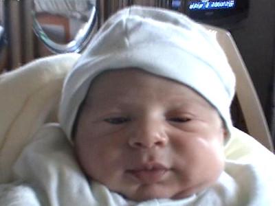 18_Newborn_Michael_Kameel_Ruboz