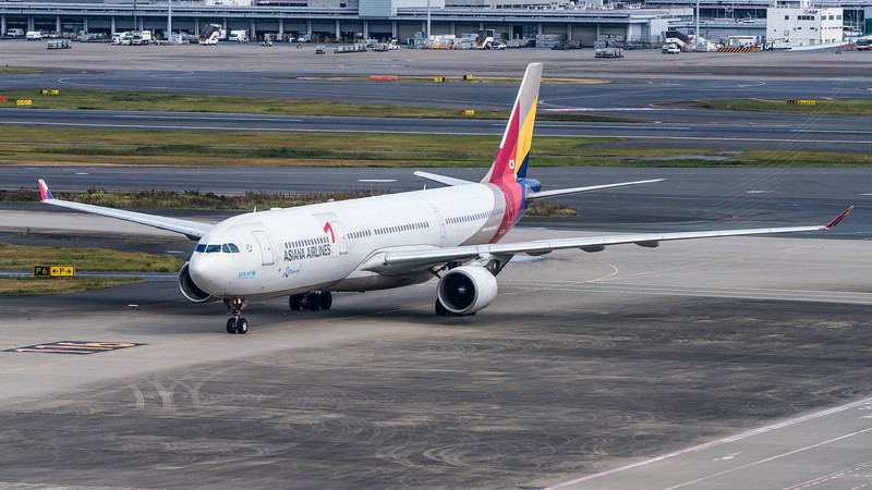 ASIANA AIRLINES_A330-323_HL7747_MLU_071118_(1)