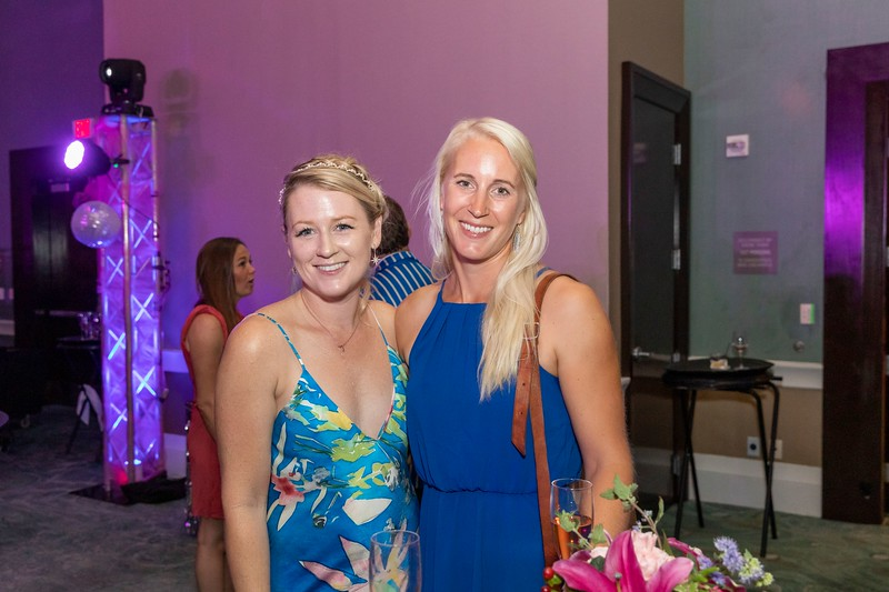 2019_11_Yachtail_Party_00462.jpg