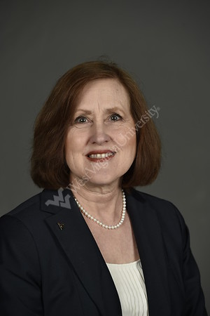 30835 Fitch Cindy Associate Dean of Programming and ResearchStudio Portrait April 2015