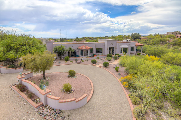 For Sale 5166 N. Camino Esplendora, Tucson, AZ 85718