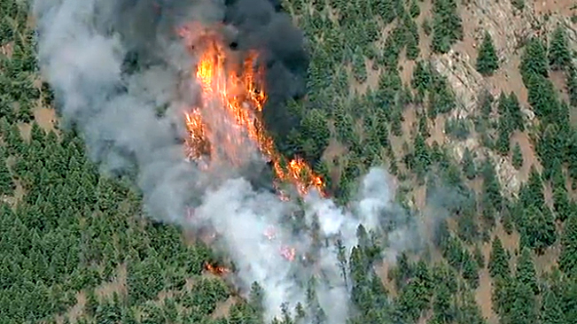 . An aerial view of the Lime Gulch Fire. (Photo courtesy of 7News, The Denver Channel)