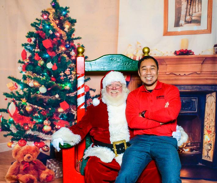 Santa Elmore 2016-12148.jpg
