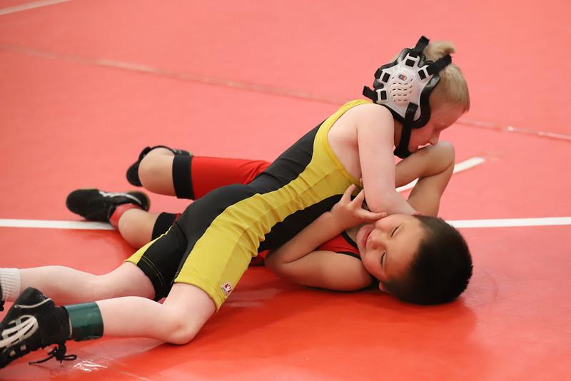 Little Guy Wrestling_5046.jpg