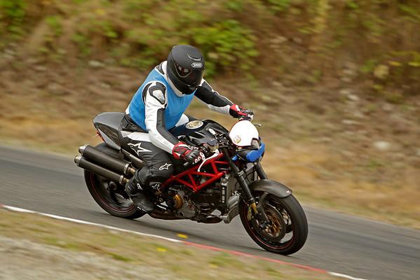 Ducati - Black Monster