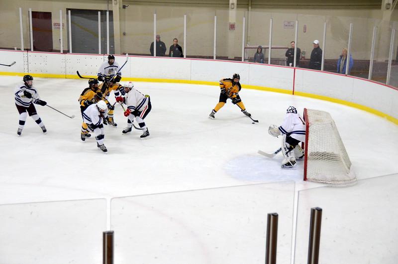 141004 Jr. Bruins vs. Boston Bulldogs-152.JPG