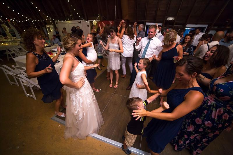 Garrett & Lisa Wedding (808).jpg