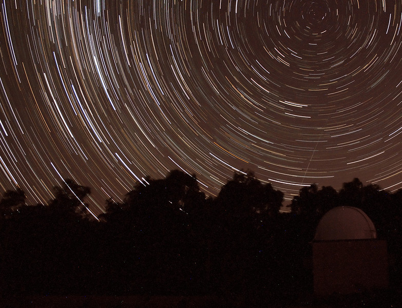 Southern Cross rising over Perth Obsertaory's Astrograph Dome - 10/11/2013 (Processed cropped stack)