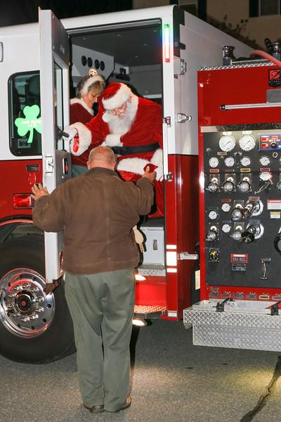 2014 Dec - Harrisburg Christmas Tree Lighting-0073.jpg