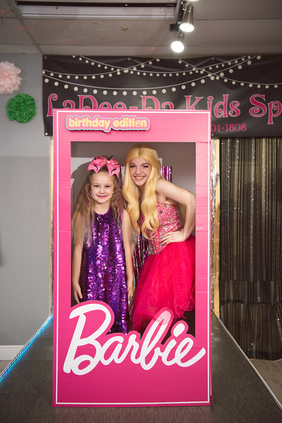 2020-0104-delaney-barbie-party-144.jpg