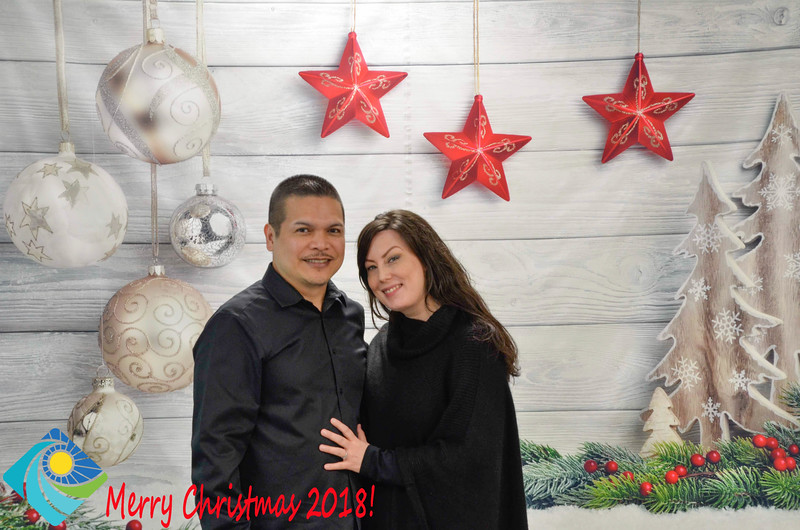 Christmas Photobooth 2018-023_01.jpg
