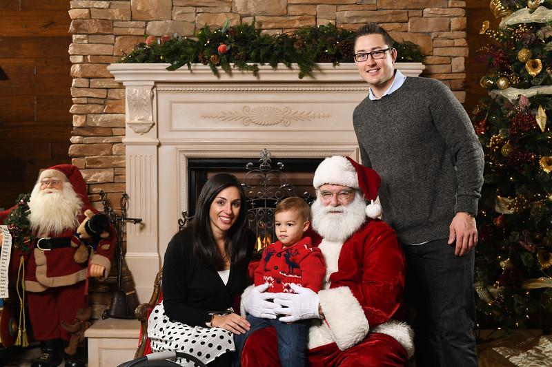 Santa2018.TylerBoye.-172.jpg