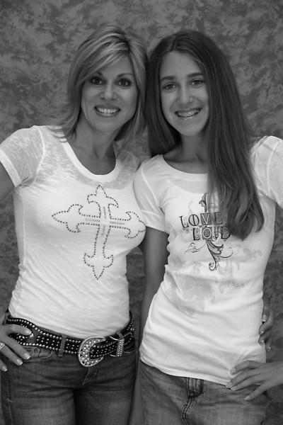 Mom & Daughter 015 copy.jpg