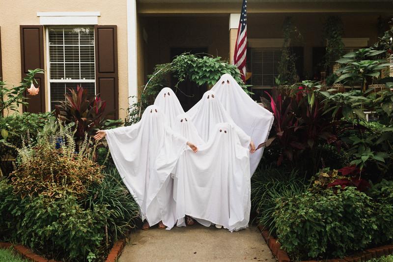 Goenner Ghost Family