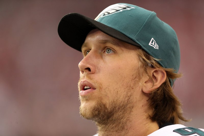 . <p><b> Redskins at Eagles (-3½):</b> Philadelphia quarterback Nick Foles admits that he bears more than a passing resemblance to famed movie dork Napoleon Dynamite. That might explain why, despite throwing 16 TD passes, he still isn�t gettin� any. Pick: <b>Eagles by 5</b> <p>   (Christian Petersen/Getty Images)