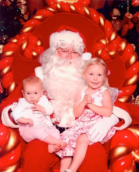 Santa and Kids 2010.jpg