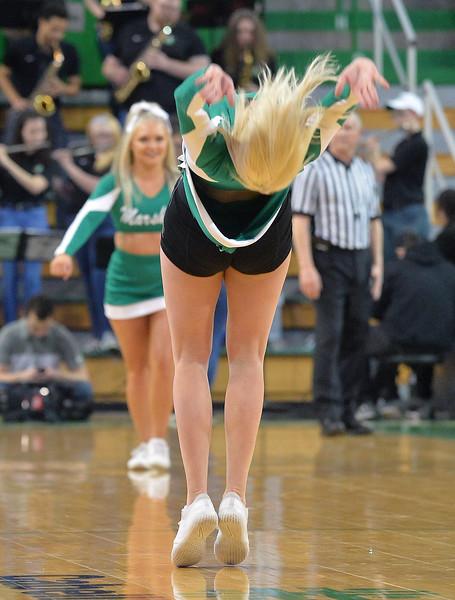 cheerleaders6919.jpg