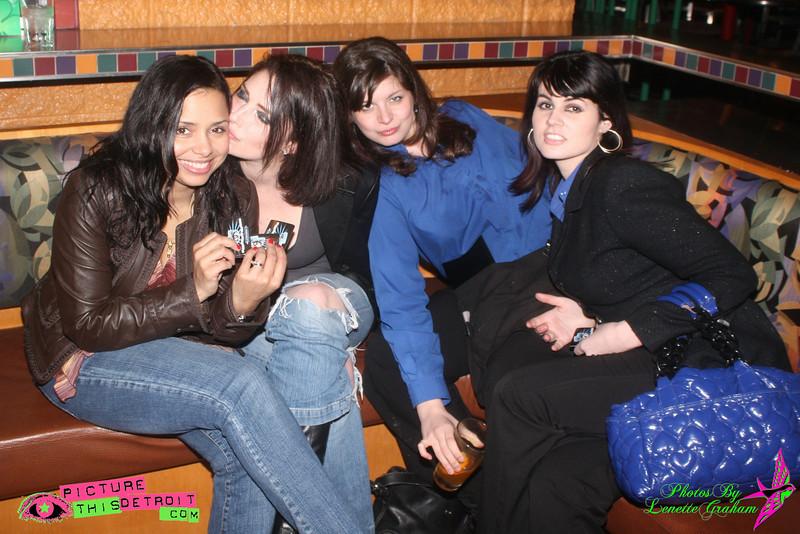 20090306-ErniesIMG_1370LenetteGraham.jpg