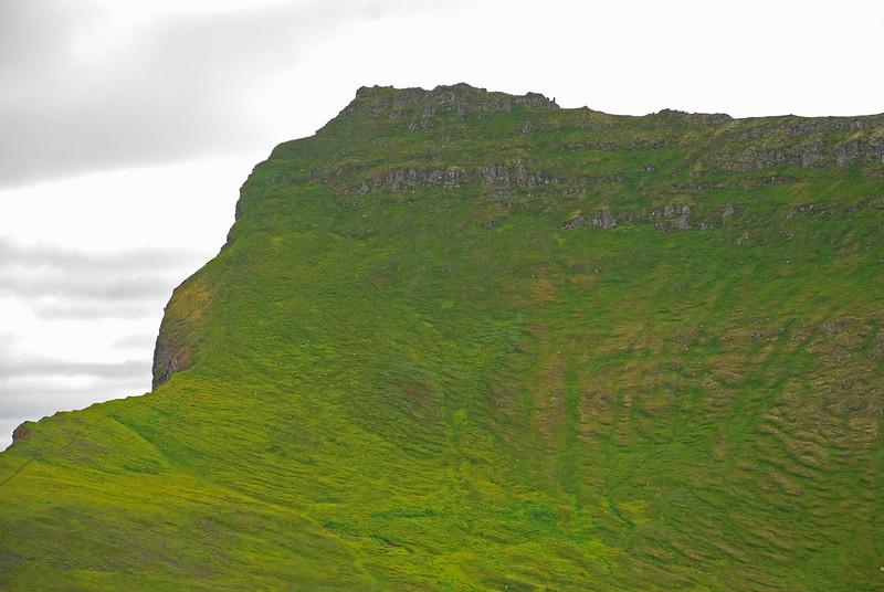 Miðfellið, þarna er farið yfir í Miðdalinn