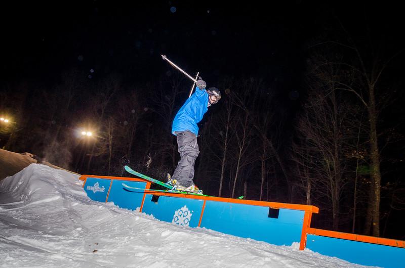 Nighttime-Rail-Jam_Snow-Trails-99.jpg