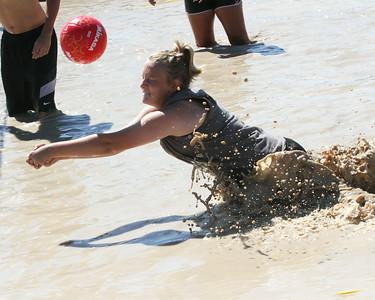 Mud volleyball -- 2014