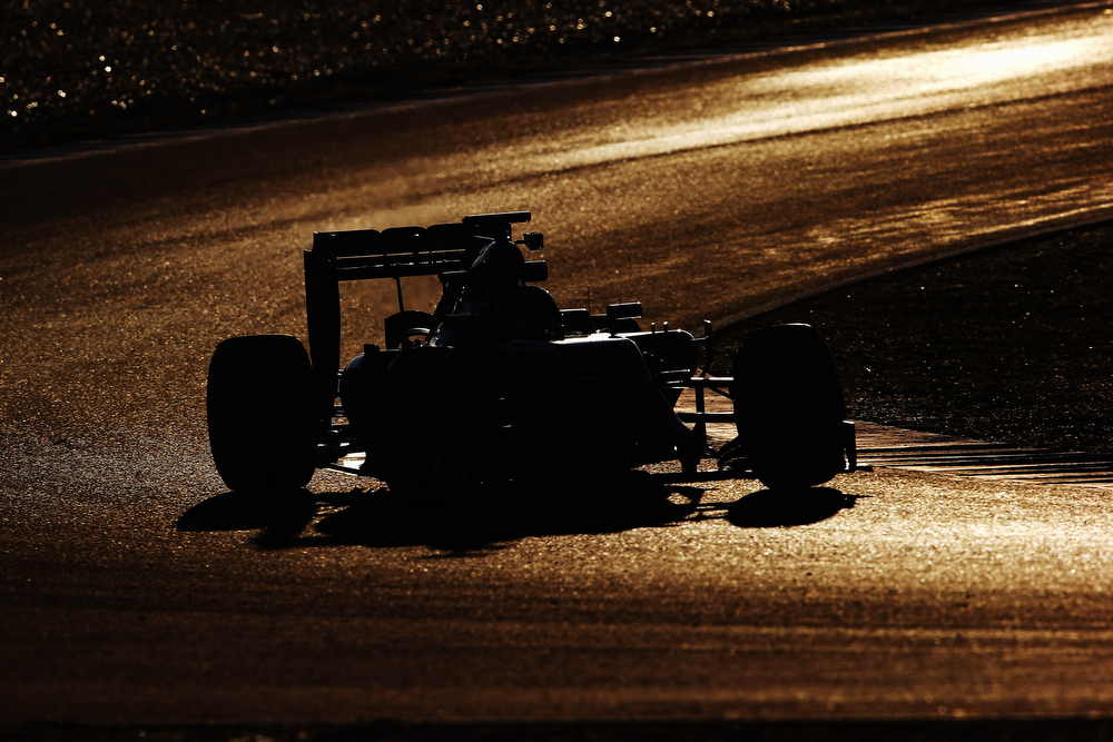 . Lewis Hamilton of Great Britain and Mercedes GP drives during day three of Formula One Winter Testing at the Circuito de Jerez on January 30, 2014 in Jerez de la Frontera, Spain.  (Photo by Mark Thompson/Getty Images)