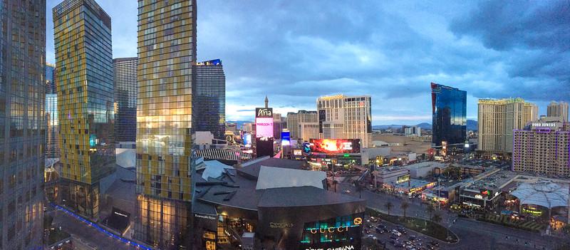 Las Vegas before & after Death Valley, Dec. 2018