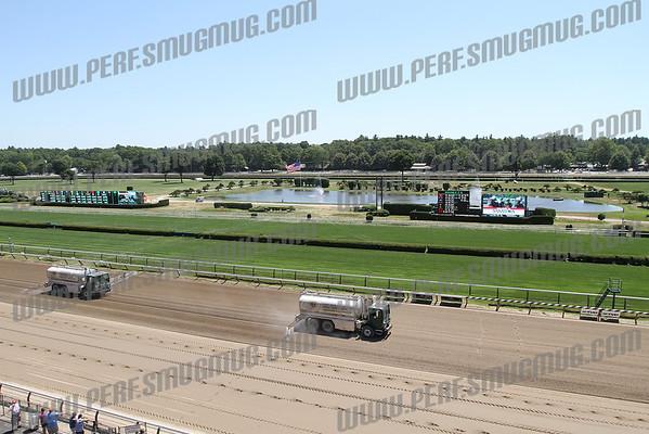 Saratoga Flat Track Opening Day 2011