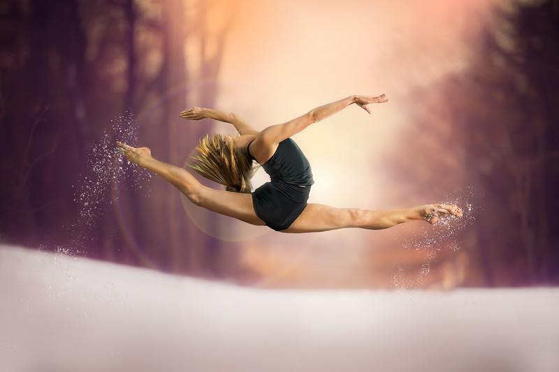 Elle snow jump.jpg