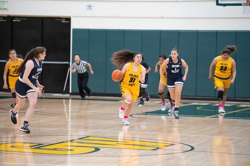 Basketball-W-2020-01-31-7935.jpg
