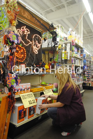 10-14-13 Retail store holidays
