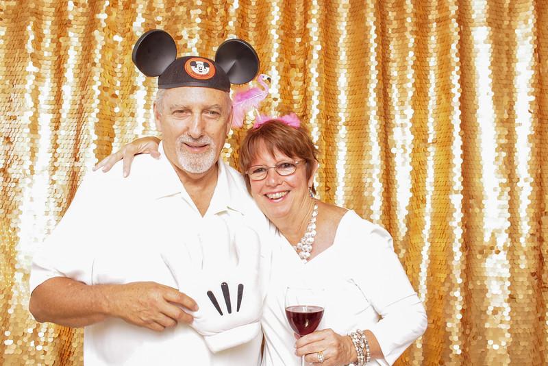 2015-08-29_OhSnapBoothCo_KatieJim-Wedding-Singles_0026.jpg