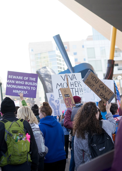 20180120_WomensMarchDenver_1828.jpg