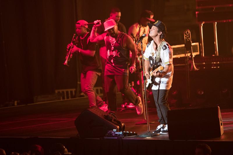 Bruno Mars-67696.jpg