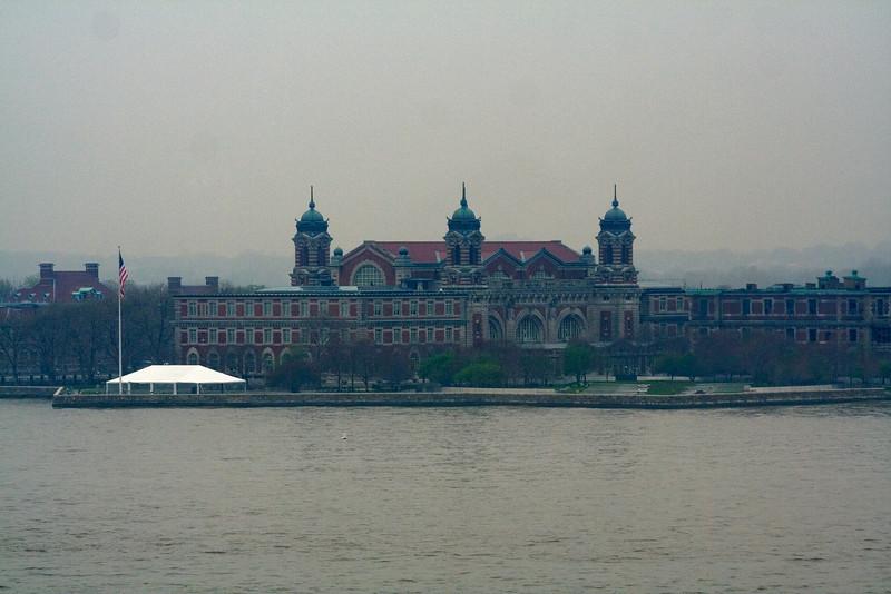 Ellis Island 1.jpg