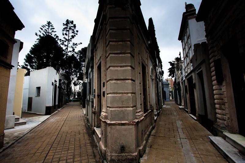 recoleta-walkways_5735635352_o.jpg