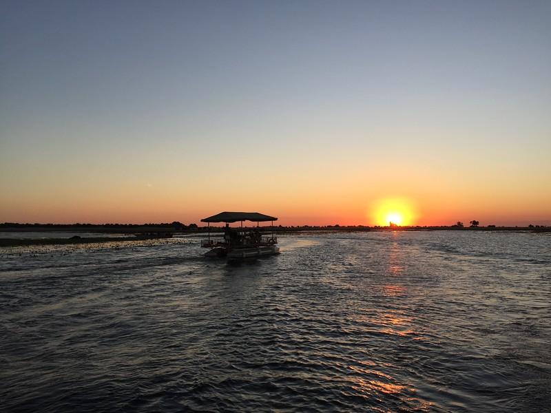 River boat sunset -  Jun 09, 10 08 21 AM.jpeg