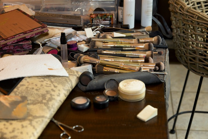 112020_Wedding-172516-GettingReady-0034.jpg
