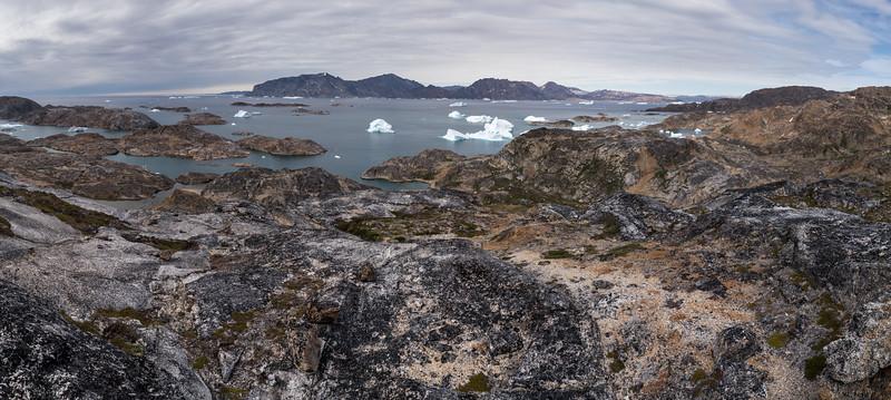 Overview of Sirmilik Fjord Atlantic from Ammassalik Island i14.jpg