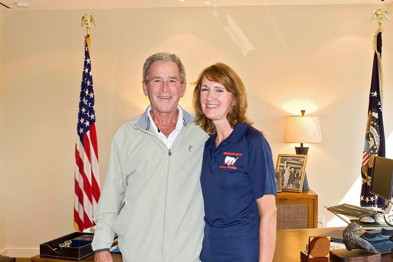Kim with Pres. Bush.jpg