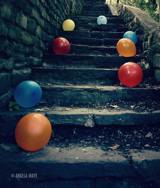 scary_balloon_stairs.jpg