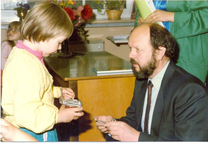 1986 Preisverleihung durch Kultusminister Breitenbach (24).jpg
