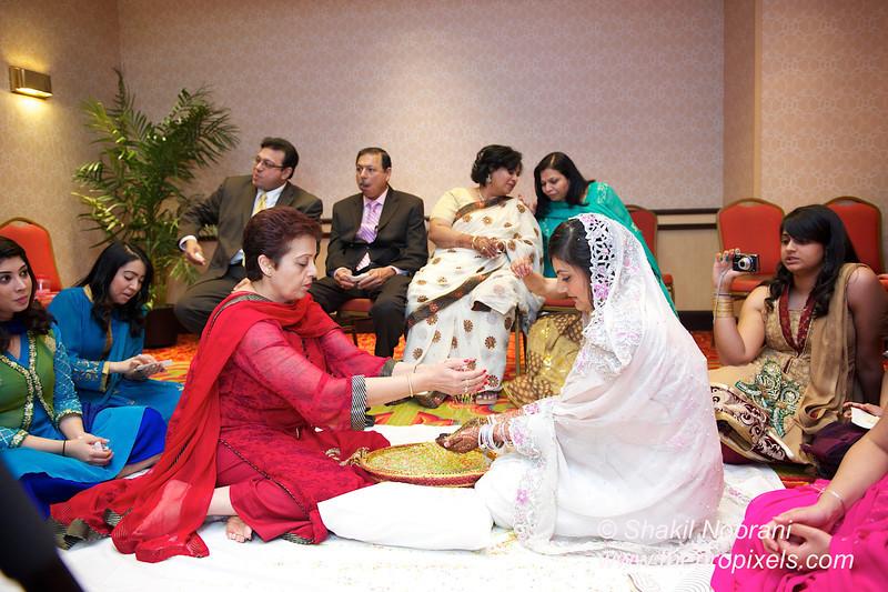 Naziya-Wedding-2013-06-08-01932.JPG