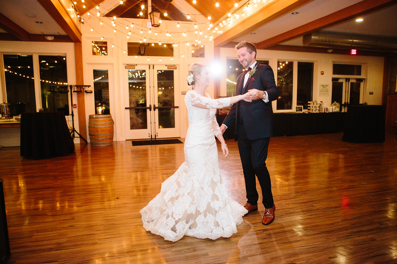 katelyn_and_ethan_peoples_light_wedding_image-622.jpg