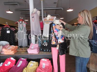 05-26-16 NEWS DP Mod Boutique