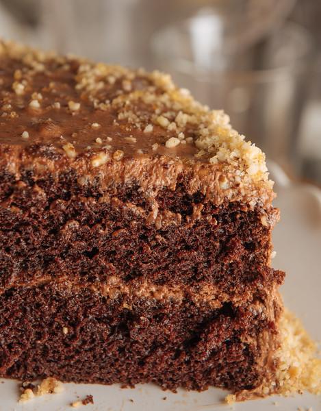 chocolate cake with hazelnut praline ganache